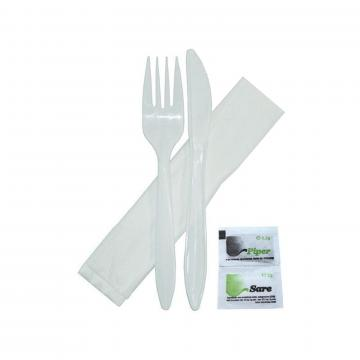 Set tacamuri albe Bis, sare+piper+furculita+cutit+servetel de la GM Proffequip Srl