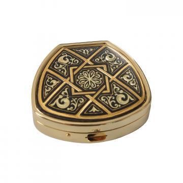 Caseta bijuterii incrustata cu aur - Toledo de la Luxury Concepts Srl