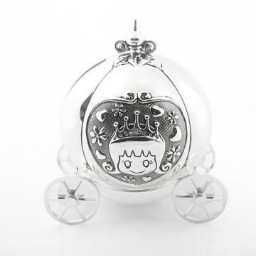 Pusculita argintata Cinderella de la Luxury Concepts Srl