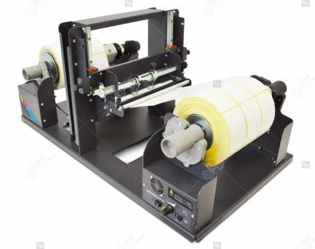 Roluitor cu slitter Afinia SR-100 de la Label Print Srl