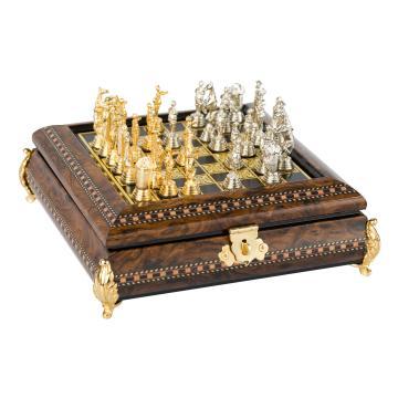 Tabla de sah din lemn cu intarsii si fir de aur