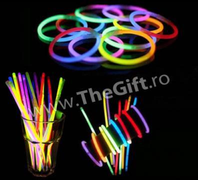 Set 100 bratari luminoase fluorescente multicolore