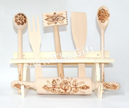 Set de bucatarie din lemn, 7 piese
