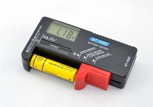 Tester pentru baterii digital BT-168D, display digital de la Www.oferteshop.ro - Cadouri Online