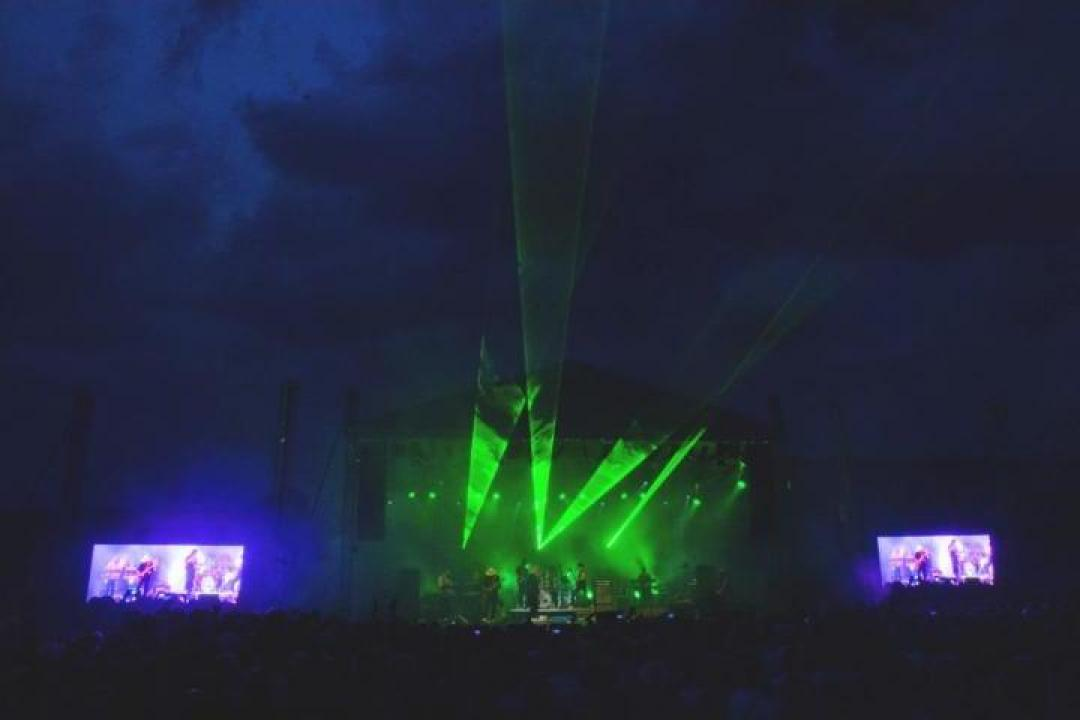 Scena si ecrane LED