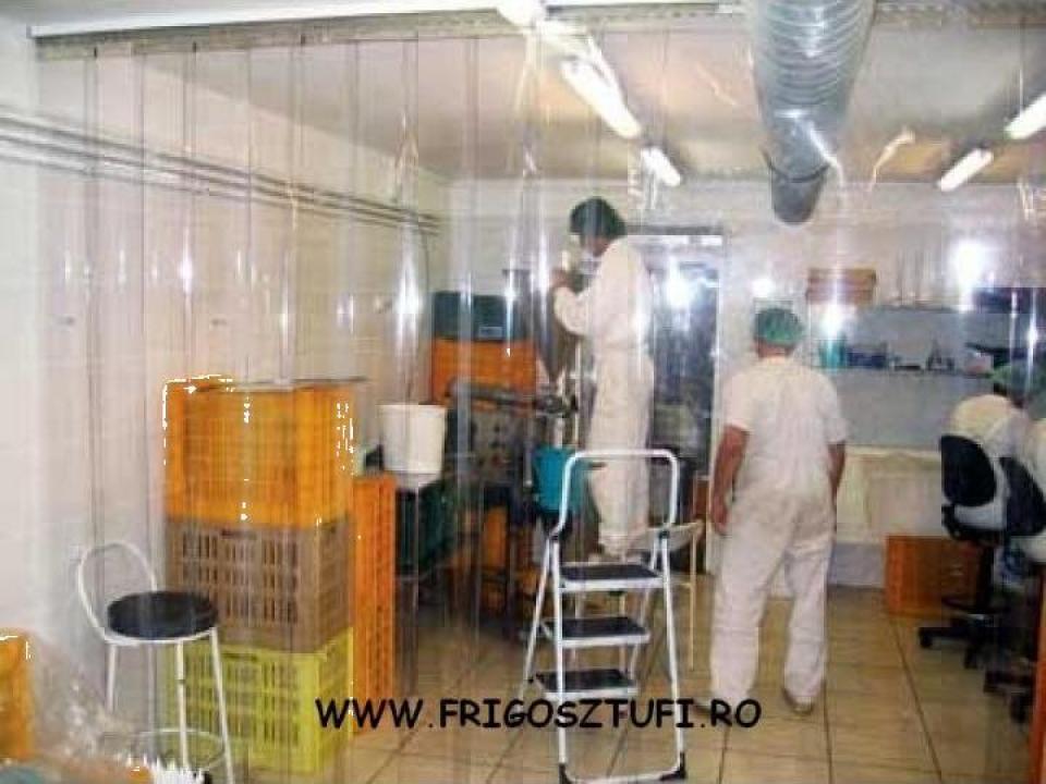 Perdele PVC pentru delimitarea spatiilor industriale