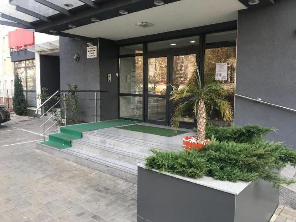 Cazare in regim hotelier Apartament cu 3 camere Oradea